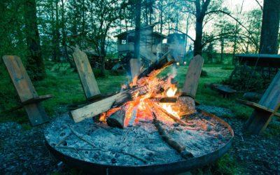 Jak připravit nezapomenutelný táborák